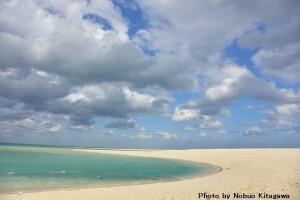 """""""東洋一""""とも称される真っ白な砂浜が広がる「ハテの浜」はダイバーならずとも訪れたいビーチ"""